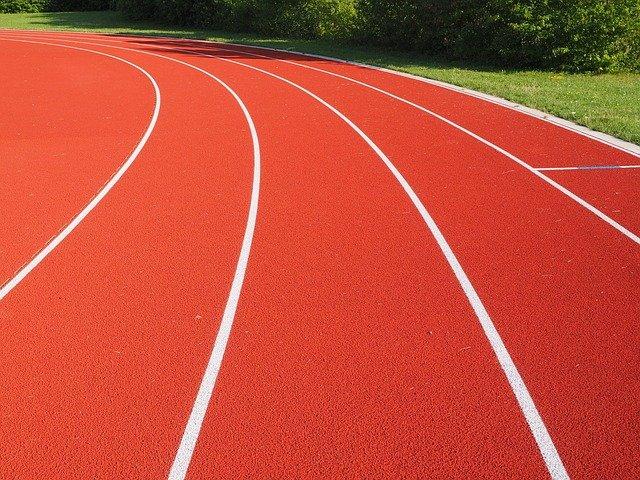 tartan-track-609708_640